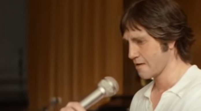 """""""Whether you loved Vysotsky enough to forgive him """"Thank you for living""""?"""": the journalist — about the artist's work"""
