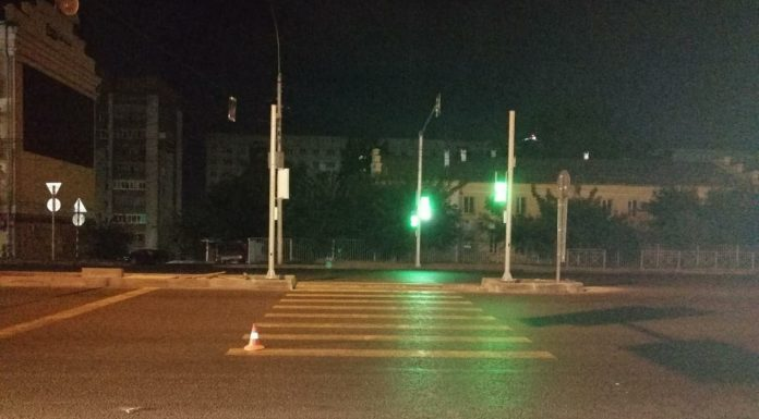 A driver knocked down a pedestrian death on the road in the Oktyabrsky district