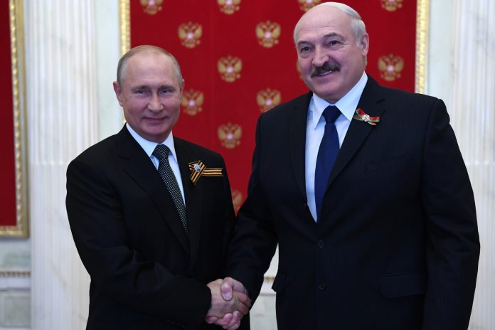 Putin and Lukashenko discussed by telephone the pressure exerted on Belarus